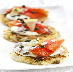 a_Smoked_salmon_on_potato_latkes_appetizer