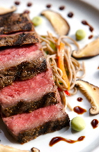 a_Strip_Steak_with_Buckwheat_Noodles_1